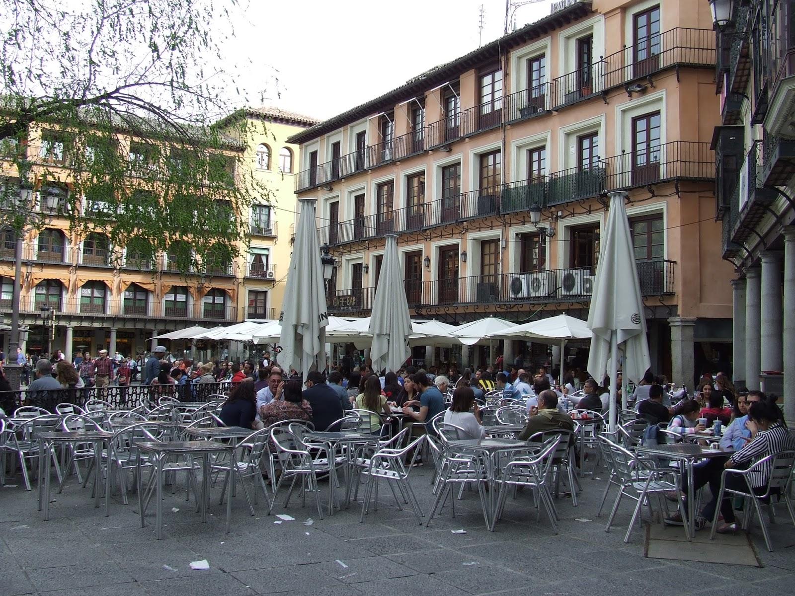 Terrazas en la plaza de Zocodover. Foto/Archivo