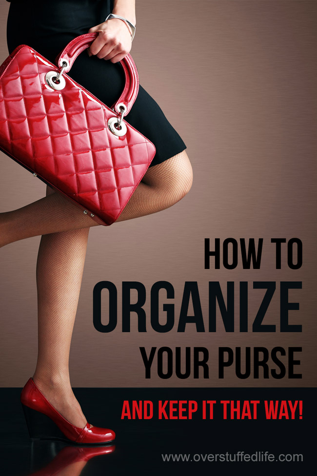 This easy trick will help you organize your purse so you can find everything you need without digging for it!