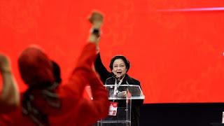 Mega Keluarkan Surat Perintah Usai Bendera PDIP Dibakar: Rapatkan Barisan!