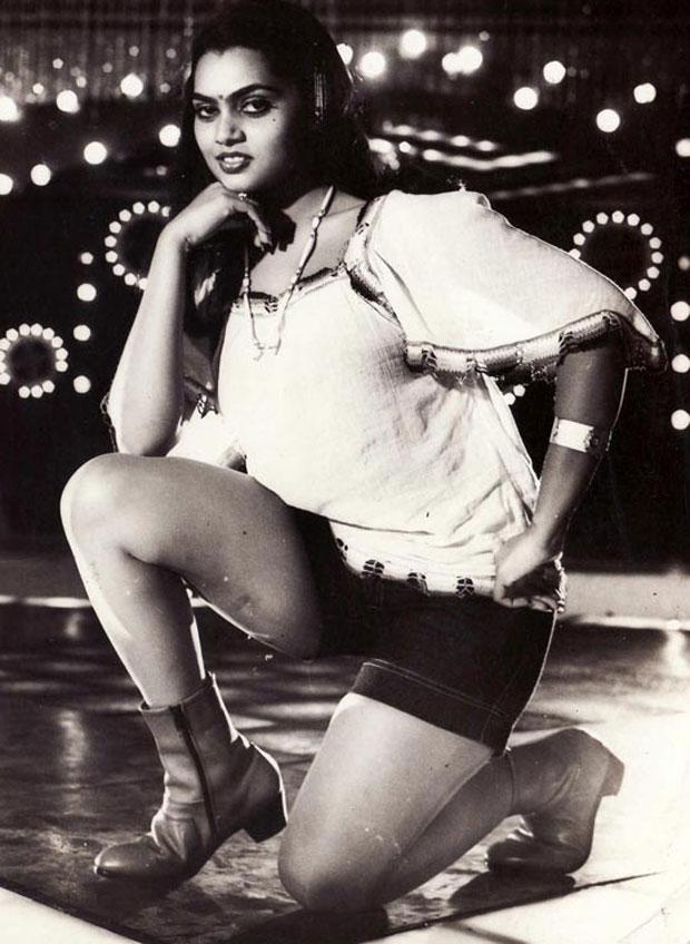 Silk Smitha Rare Pictures - Actress Navel Show Photos