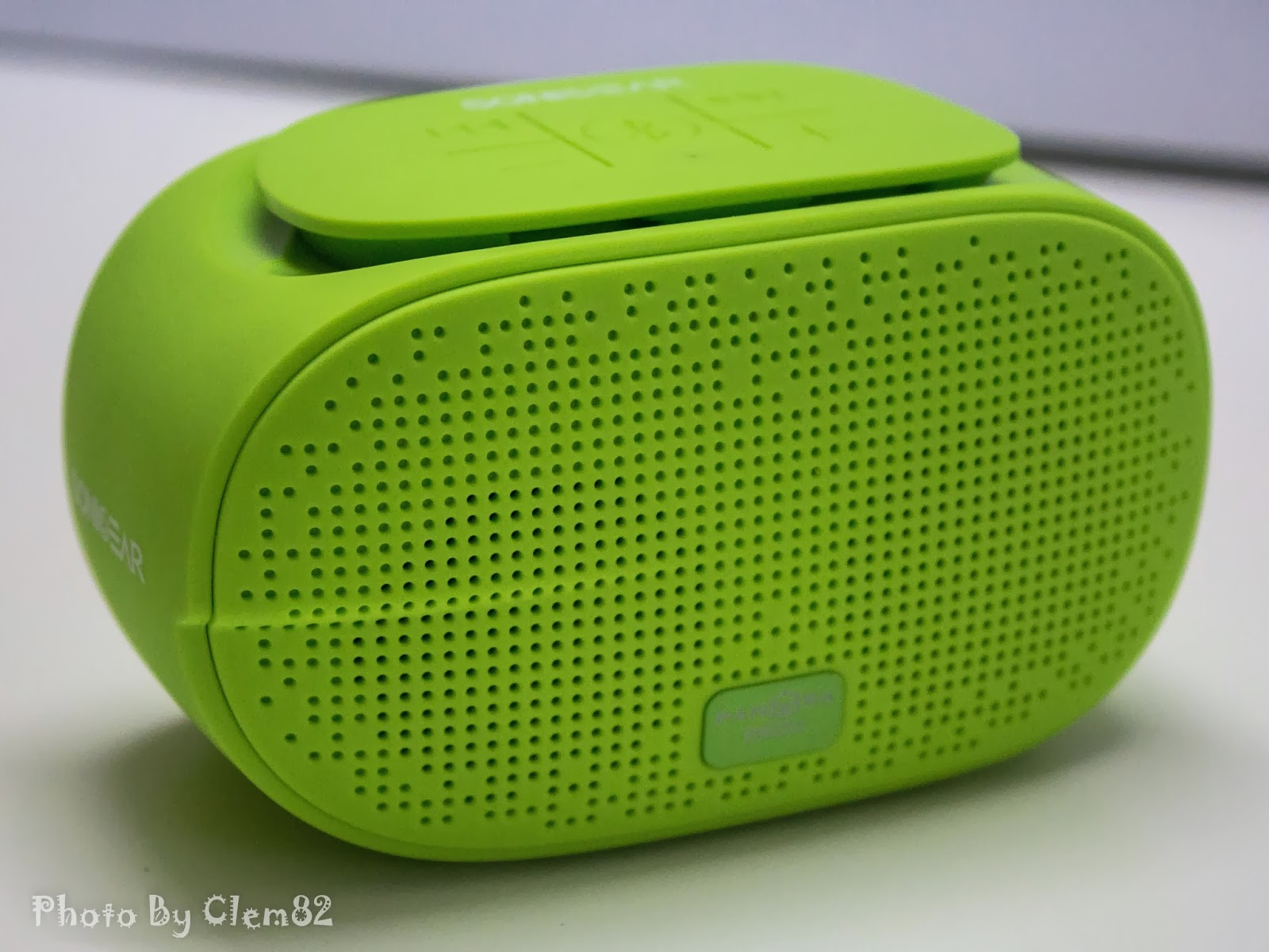 Opening Pandora's Box: SonicGear Pandora Wireless Bluetooth Media Player Series 6