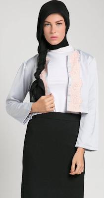 Desain Busana Muslim Wanita untuk Kerja