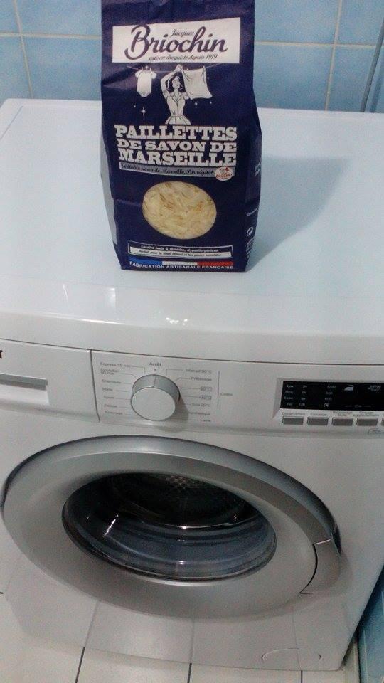 celandkids mon linge a tester les paillettes de savon. Black Bedroom Furniture Sets. Home Design Ideas