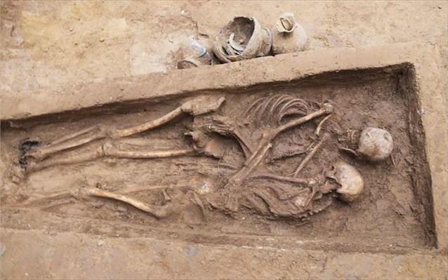 Κίνα: Ζευγάρι εραστών βρέθηκε αγκαλιασμένο μετά από 1.500 χρόνια
