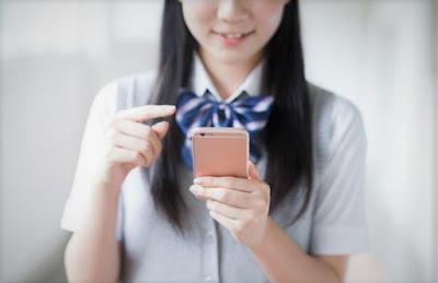 kecanduan-hp-smartphone