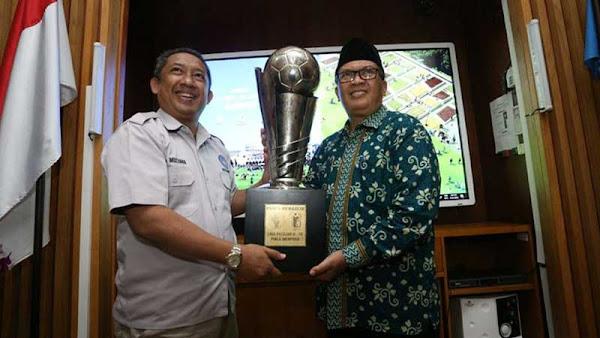Oded Apresiasi Tim Sepakbola U-15 kota Bandung Raih Piala Menpora dan Soeratin 2017