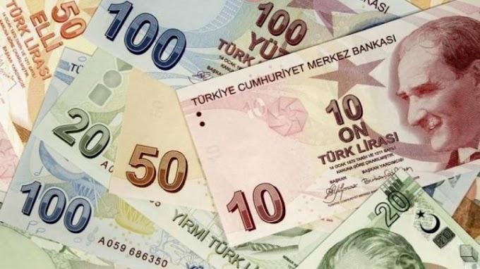 انخفاض الليرة التركية على إثر بيع البنوك الحكومية مليارات الدولارات لدعم العملة