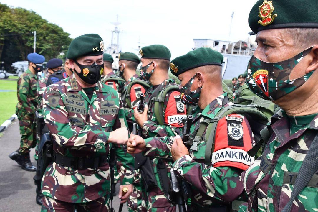Dari Makassar, 400 Prajurit Yonarmed 6 Divif 3 Kostrad Siap Amankan Perbatasan RI-RDTL