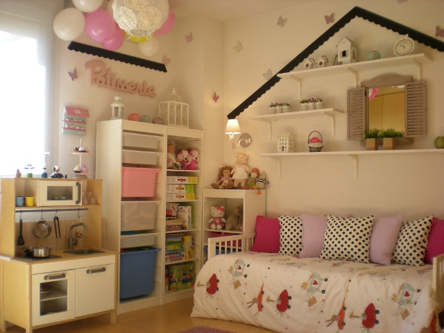 Una dulce habitacion infantil sweet children bedroom - Organizar habitacion infantil ...