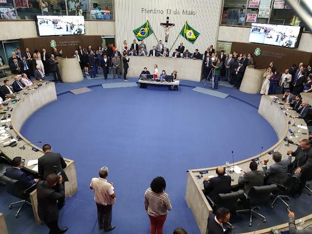 Deputados disputam batismo de 'areninhas' e praças no Interior; votação promete polêmica