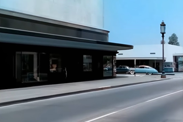 Street scene in LA 1951 randommusings.filminspector.com