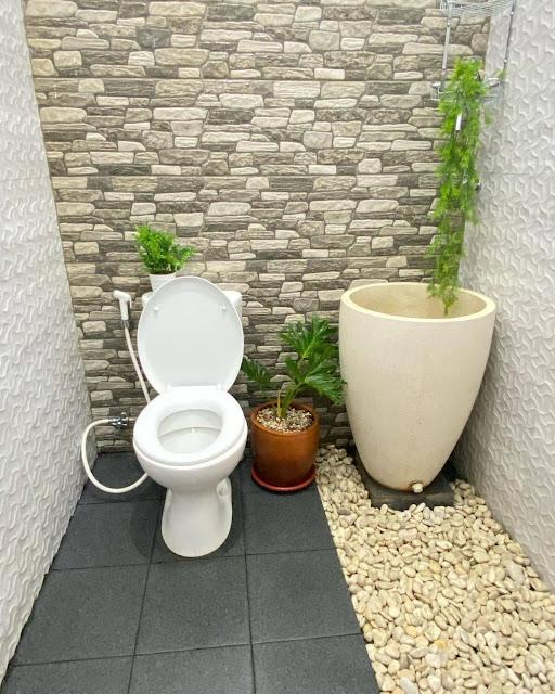 Keramik Dinding Kamar Mandi Motif Batu Alam