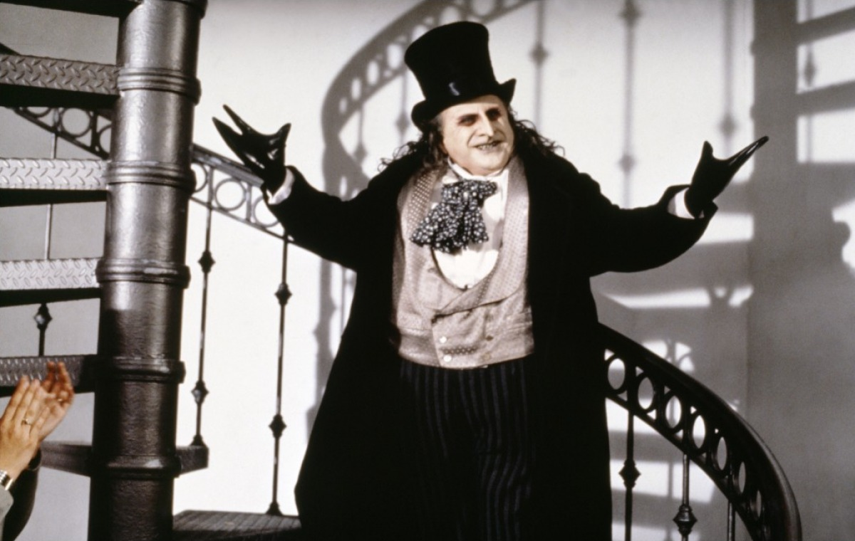 http://1.bp.blogspot.com/-Mc041OXjJ1g/UKesQ95j2cI/AAAAAAAAEc8/xVpkWOT0KVM/s1600/batmanreturns_penguin.jpg