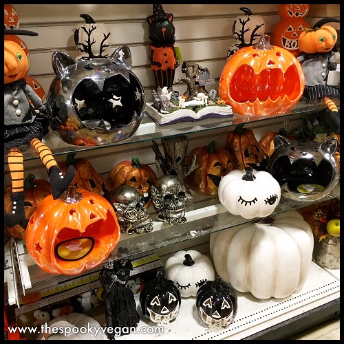Loving Those Pumpkin And Cat Candy Holders They Are So Big Cute