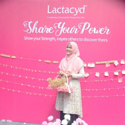 """""""Share Your Power"""" Lactacyd, Meneguhkan Semangat Saling Menguatkan Sesama Perempuan"""