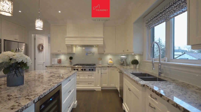 36 Photos vs. Tour 490 Trillium Dr, Oakville, ON Luxury Home Interior Design