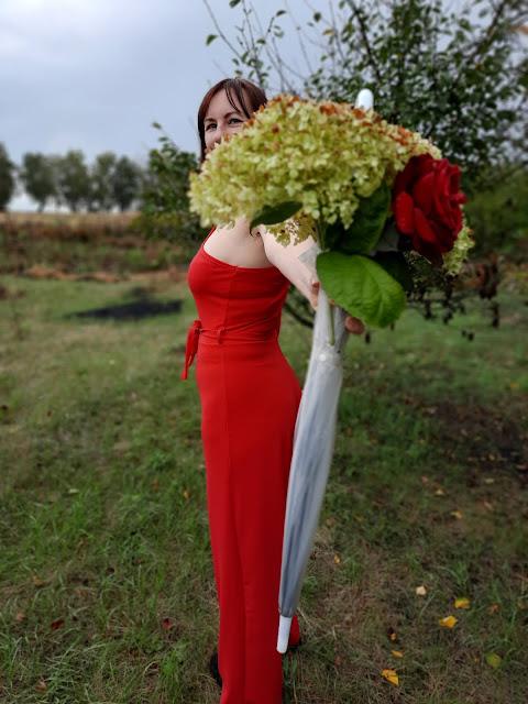 https://femmeluxe.co.uk/red-belted-one-shoulder-jumpsuit-evelyn