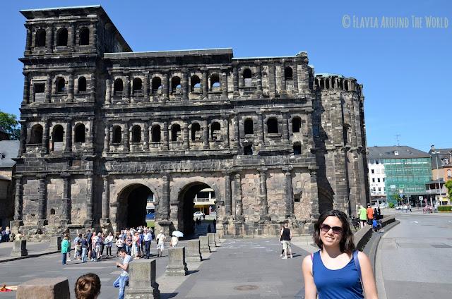 Yo en la Porta Nigra de Trier