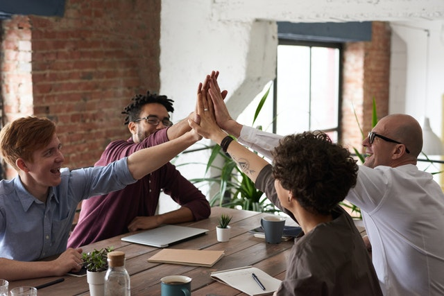 3 Ways Tech Can Be Used to Improve Workplace Morale