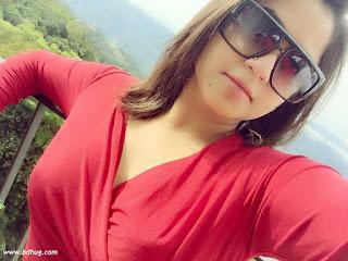 faria shahrin sexy selfie