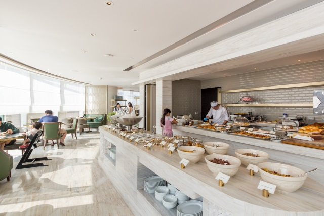 Breakfast Buffet at Waldorf Astoria Bangkok