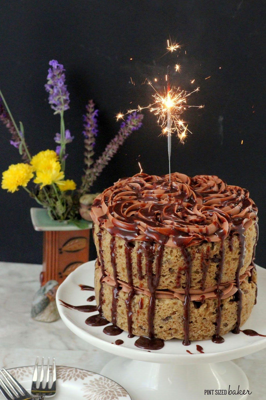 I loved this banana cake with chocolate hazelnut frosting. It was so delicious and full of flavor - perfect for my birthday cake.