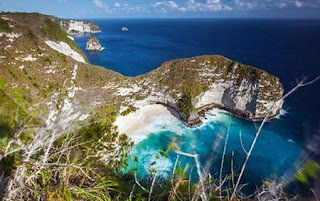 http://www.teluklove.com/2017/01/destinasti-keindahan-wisata-pantai-atuh_19.html