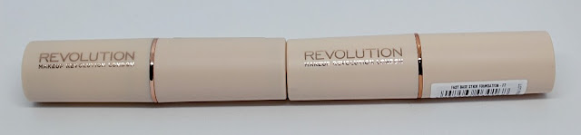 Makeup Revolution maquillaje en Stick Fast Base
