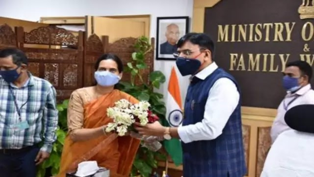 mansukh-mandaviya-takes-charge-as-union-minister-of-health-family-welfare-daily-current-affairs-dose