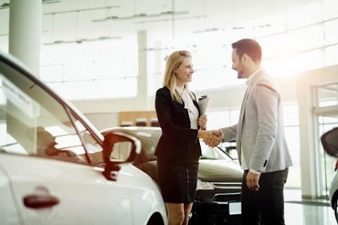 Csökkent az eladott új autók száma az Európai Unióban augusztusban