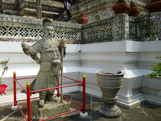 A statue of a Chinese deity at Wat Arun