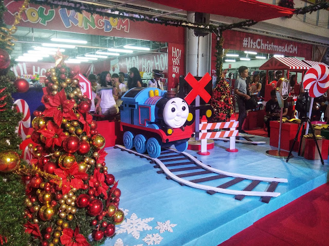 thomas and friends display