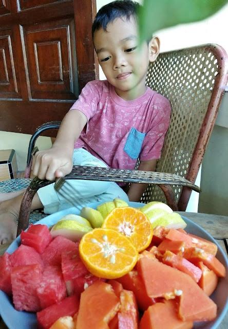 Sarapan buah untuk meningkatkan imunitas tubuh selama pandemi