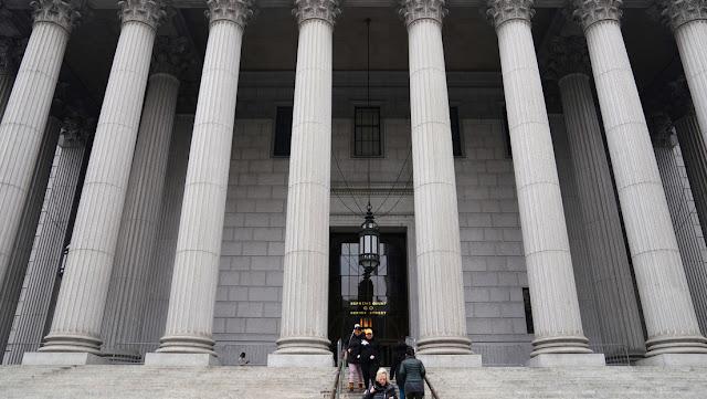 La Fiscalía de Nueva York cita a un banco de Trump como parte de una investigación criminal