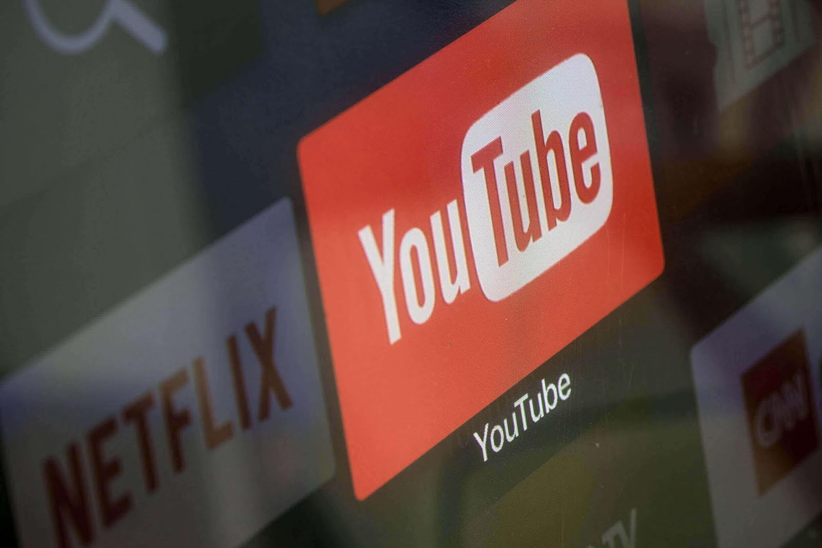 Trafik Internet Tinggi, Youtube dan Netflix Turunkan Kualitas Video di Eropa