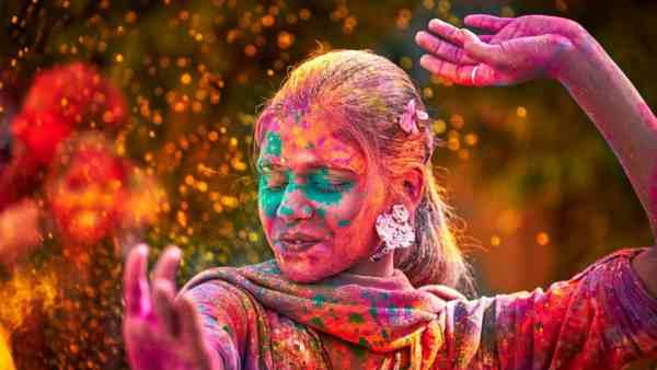 Holi wishes in Hindi 2021