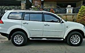 harga Mitsubishi Pajero Exceed tahun 2011