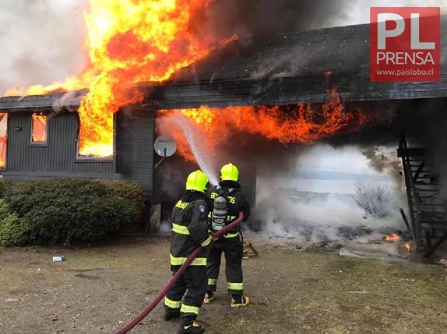 Vivienda de veraneo fue destruida por el fuego en Pisu- Pisué