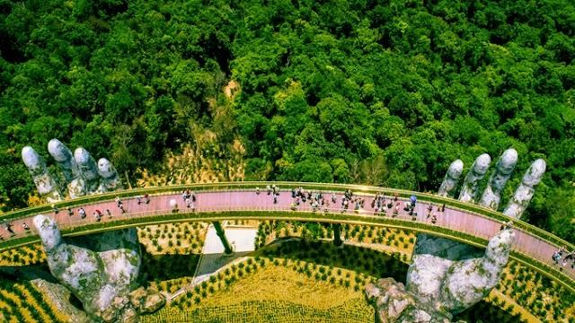 10 Vietnam tourist destinations famous in the world