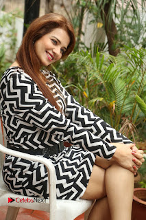 Actress Saloni Latest Pos in Short Dress  0214.JPG