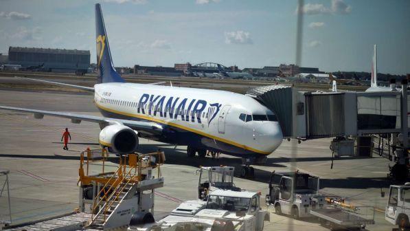 Buongiornolink - Ryanair, nuovi tagli ai voli fino a marzo 2018: coinvolti oltre 400mila passeggeri