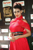 Apoorva in a Stunning Tight Leg Split Sleeveless Red Gown at IIFA Utsavam Awards 34.JPG