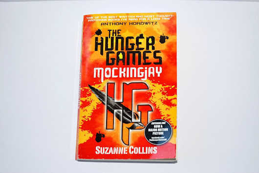 Review: The Hunger Games Mockingjay by Suzanne Collins