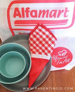Daur Ulang Sampah di Women Blogger Movement bersama Alfamart