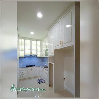 contoh kitchen set cat duco