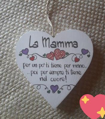 Un grazie a tutte le mamme che, ogni giorno amano i loro figli.