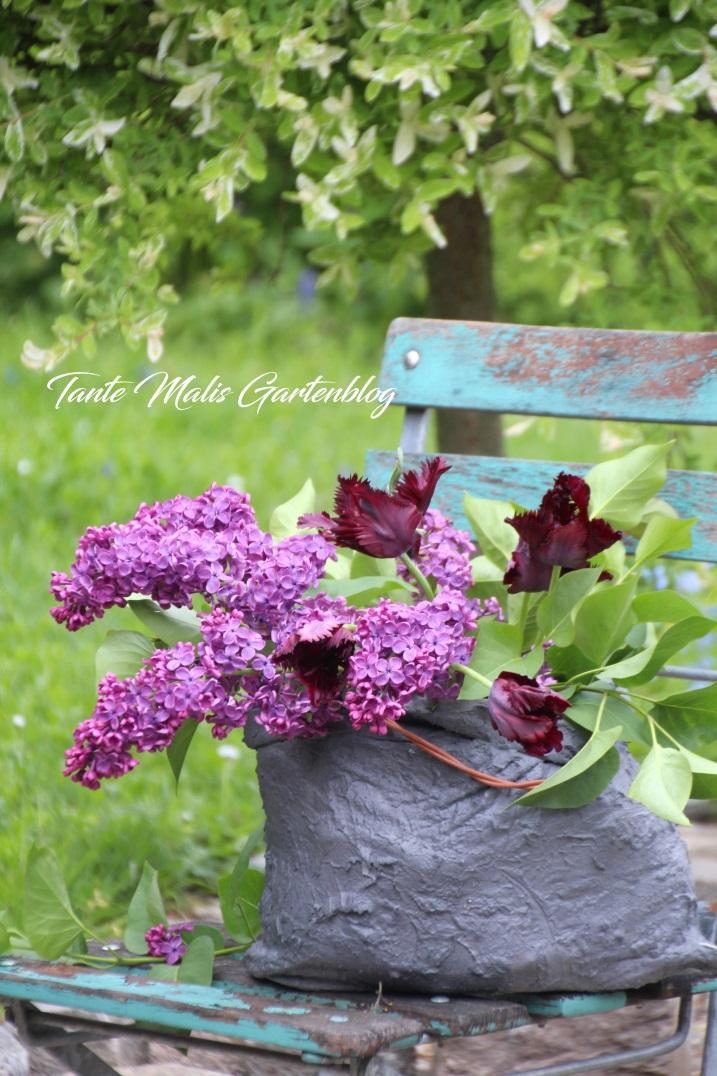 Garden decor spring