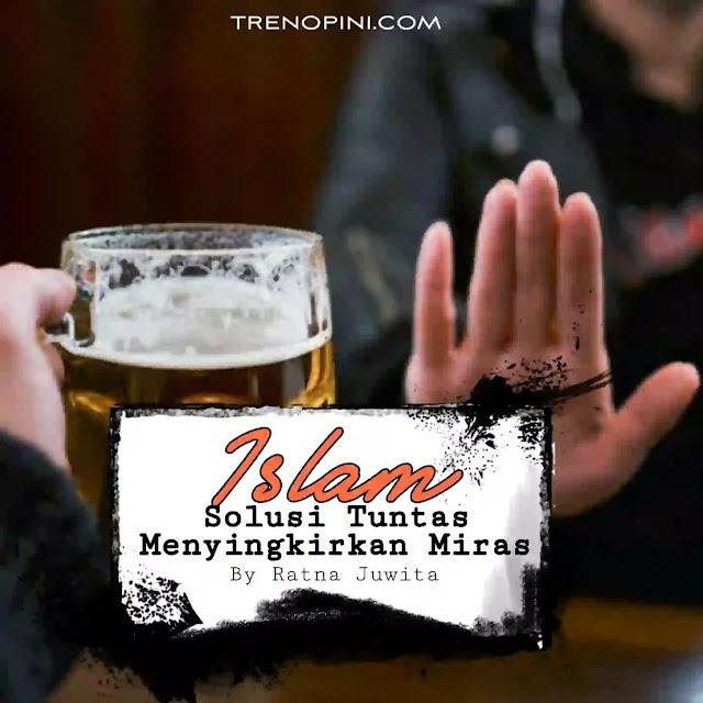 Setelah ramai penolakan dari berbagai kalangan termasuk dari MUI terhadap investasi miras, akhirnya Presiden Joko Widodo (Jokowi) mencabut Peraturan Presiden (Perpres) Nomor 10 Tahun 2021 tentang Bidang Usaha Penanaman Modal. Dalam beleid tersebut, poin yang menjadi sorotan sejumlah pihak adalah soal investasi miras.