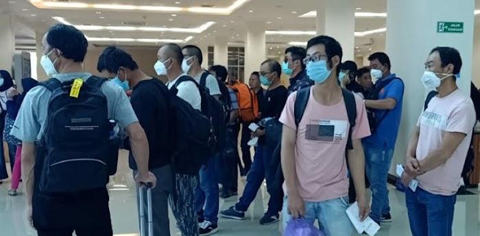 Pemerintah Pusat Izinkan 500 TKA Cina Masuk Sultra, Gubernur Ali Mazi Menolak dengan Tegas