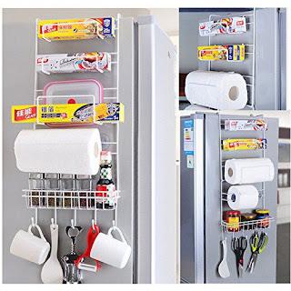 キッチングッズのすきま収納に!冷蔵庫横ハンガー♪